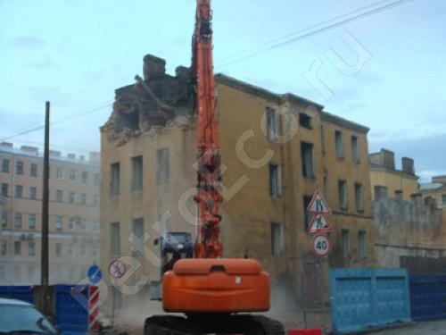 Снос здания с вывозом и утилизацией строительных отходов, Снос здания на улице профессора Ивашенцева