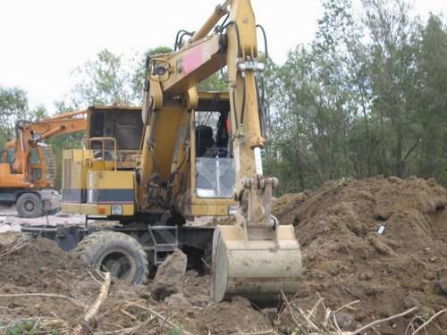 Рытьё котлована с вывозом грунта, Земляные работы, рытьё котлована с вывозом грунта